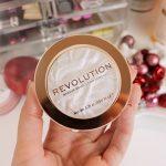 Vispirktākās preces no Makeup Revolution